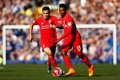 Philippe Coutinho and Daniel Sturridge of Liverpool in action during the Barclays Premier League match between Everton and Liverpool at Goodison Park. Liverpool Football Club, Liverpool Fc, Goodison Park, West Brom, Transfer Window, Young Ones, Best Player, Time Management, Philippe Coutinho