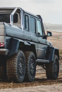 themanliness:  G63 AMG 6x6 | Source | MVMT | More
