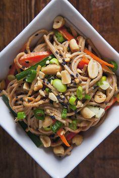 Easy Vegan Peanut Cold Sesame Noodles | picklesnhoney.com