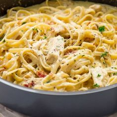 One-Pot Chicken Bacon Alfredo Pasta