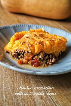 Hachis parmentier butternut patates douces Alala my ancestors! This sweet potato butternut hash was Sweet Potato Shrimp, Meat Recipes, Healthy Recipes, Simple Recipes, Barbecue Pork Ribs, Salty Foods, Vegetable Sides, Mets, Cooking Light