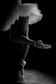 Lets Dance Photo Contest Finalists! Ballerina Photography, Dance Photography Poses, Ballerina Art, Dance Poses, White Photography, Ballerina Project, Ballet Images, Ballet Pictures, Dance Pictures