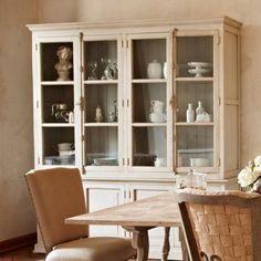 Great Schrank Bellefond Proven alischer Stil in s dl ndischer Leichtigkeit Der opulente Schrank bietet bersichtlich Platz f r Geschirr und Gl ser