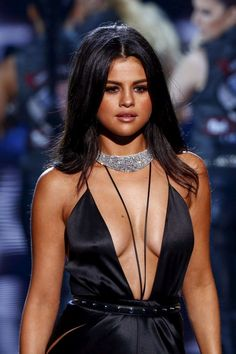 Selena Gomez: 2015 Victorias Secret Fashion Show Runway -37
