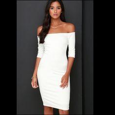 NWT Lulus Off- shoulder white bodycon dress-Sml NWT Lulus Off- shoulder white bodycon midi dress-Small Lulu's Dresses Prom