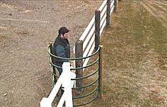 "FARM SHOW - Walk-Through ""C"" Gate Leaves Hands Free"