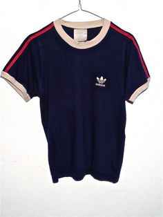 vintage Adidas tshirt color creme red blue by HappyHouseVintageIT, €26.00