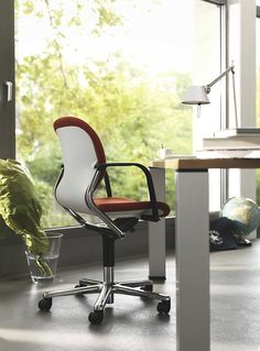FS-Line classic office swivel chair | Design: Klaus Franck, Werner Sauer, 1980 | By Wilkhahn | #fs
