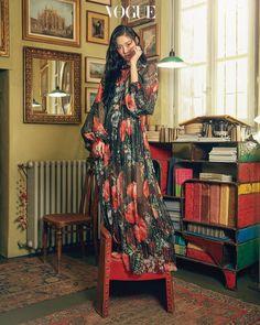 AOA 설현 SeolHyun 雪炫 보그 화보 2018.04 Seolhyun, Korean Model, Korean Singer, Jimin, Media Makeup, Kim Seol Hyun, Vogue Korea, Vogue Magazine, Asian Style