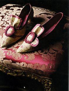 Los zapatos de papel  El artista belga Isabel de Borchgrave