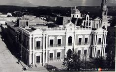 Palaciomunicipal de Linares, NuevoLeón (c. 1945).