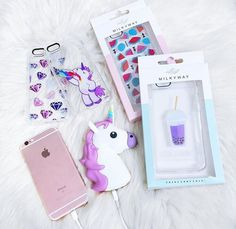 ALL the unicorn stuff but I wouldnt say no to it all Cool iPhone stuff Cute Cases, Cute Phone Cases, Iphone Phone Cases, Unique Iphone Cases, Ipod, Telephone Iphone, Unicorn Phone Case, Unicorn Fashion, Unicorn Rooms