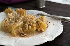 Pork with Apples Greek Sweets, Onion Recipes, Dessert Recipes, Desserts, Greek Recipes, Confectionery, Macaroni And Cheese, Sweet Tooth, Pork