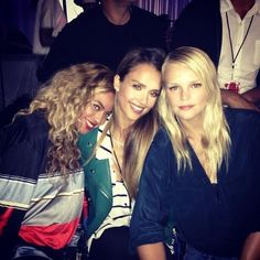 Beyoncé, Jessica Alba & Kelly Sawyer attended the 'Legends Of The Summer' concert in Pasadena last night.