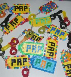 Hama Beads Patterns, Beading Patterns, Party Gifts, Diy Gifts, Preschool Crafts, Activities For Kids, Fathersday Crafts, Fathers Day Art, Diy And Crafts