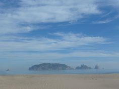 """See flat and """"les illes Medes"""" in the background"""
