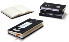 VHS Tape Notebooks: two obsolete media combined! Great reuse idea.