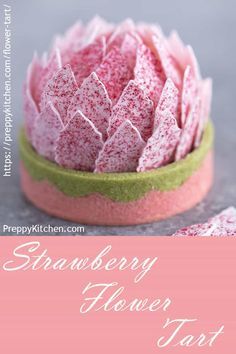 This stunning and delicious strawberry tart has a two-tone shall, a white chocolate strawberry mousse and it's all crowned with pink petals dusted in strawberry powder. Tart Recipes, Best Dessert Recipes, Fruit Recipes, Holiday Recipes, Delicious Desserts, Mothers Day Desserts, White Chocolate Strawberries, Covered Strawberries, Strawberry Mousse