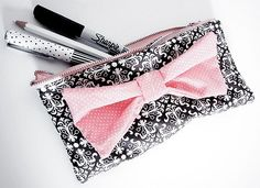 cute pencil case!  this would be cute as a makeup case
