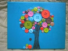 Luv this did it for my room And turned out PERFECT! Button Canvas, Button Art, Simple Wall Art, Diy Wall Art, Easy Wall, Wall Decor, Arts And Crafts Projects, Fun Crafts, Diy Projects