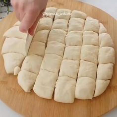 Turkish Breakfast, Breakfast Items, Snacks, Hot Dog Buns, Food Videos, Cupcake Cakes, Food And Drink, Cooking Recipes, Tasty