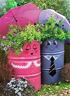 boho love Garden Crafts, Garden Projects, Art Projects, Project Ideas, Metal Barrel, Oil Barrel, Dream Garden, Yard Art, Container Gardening