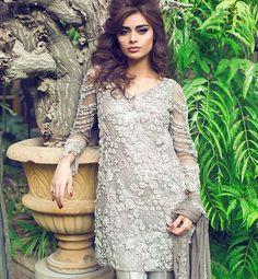 Gorgeous Sadaf Kanwal is looking lush in this beautiful Mina Hasan's metallic number #pakistanvogue #minahasanofficial #sadafkanwal#couture