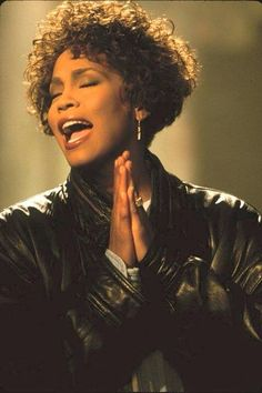 Whitney Houston documentary WHITNEY has been released on DVD and Blu-ray. Toni Braxton, Tina Turner, Jennifer Hudson, Janet Jackson, Celine Dion, Dakota Johnson, Beverly Hills, Whitney Houston Pictures, Musica