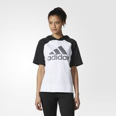 Blacktop style with a feminine twist, this women's hoodie has a cotton-blend fleece body and mesh fleece sleeves. The hoodie shows off its adidas style with a large adidas Badge of Sport in front.