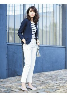 How to rock the casual chic look Smart Casual Outfit, Smart Casual Women Office, Casual Chic, Classy Work Outfits, Office Outfits Women, Casual Dress Outfits, Trendy Outfits, Uniqlo Outfit, Uniqlo Style
