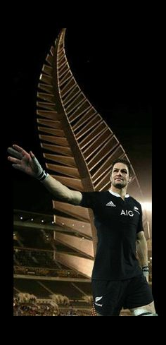 Richie McCaw, All Black captain and legend Rugby Union Teams, All Blacks Rugby Team, Nz All Blacks, Rugby League, Rugby Players, Richie Mccaw, Kiwiana, The Great White, Rugby World Cup