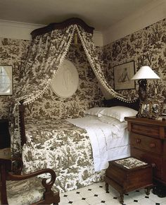 Repost of my old toile bedroom. The bed is century but the hangings were in our sage green L'OFFRANDE A L'AMOUR toile de Jouy, as… French Country Bedrooms, French Country Style, French Country Decorating, Bedroom Furniture, Bedroom Decor, Cottage Furniture, Antique Furniture, Bedroom Photos, French Cottage