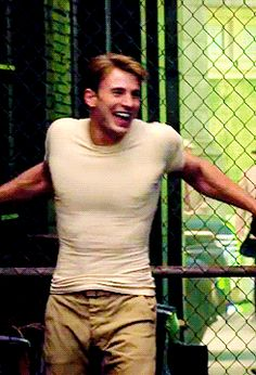 I will not objectify Chris Evans....You can see the definition through his shirt.... Drool.