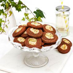Choklad- & kokoskakor med pistasch