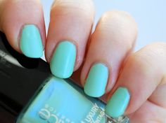 Catrice Luxury Vintage Nail Lacquer Minty Memories