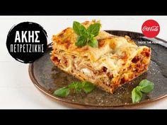 Λαζάνια με κιμά από τον Άκη Πετρετζίκη. Φτιάξτε τα πιο νόστιμα λαζάνια με κιμά μοχαρίσιο, σάλτσα ντομάτας και αφράτη μπεσαμέλ. Το τέλειο οικογενειακό γεύμα!! Lasagna, Quiche, Pasta, Dinner, Cooking, Breakfast, Ethnic Recipes, Skillets, Youtube