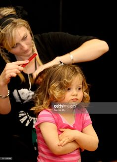 91126096-child-model-prepares-backstage-ahead-of-the-gettyimages.jpg (735×1024)
