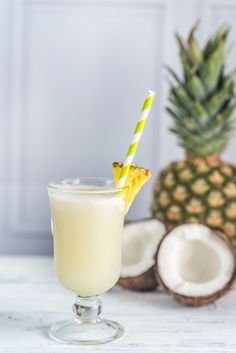 10 boissons fraîches et sans alcool pour l'apéro - Cocktail Drinks, Cocktail Recipes, Campari Milano, Easy Alcoholic Drinks, Cold Drinks, Vanilla Milkshake, Vegetable Drinks, Alcohol Free, Smoothies