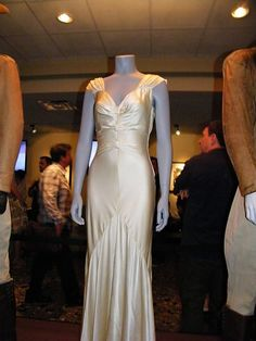 Rocketeer. Dress worn by Jennifer Connelly. Loved this dress. Gah.