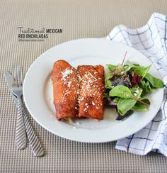 Traditional Mexican Red Enchiladas Recipe » Little Inspiration