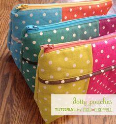 Pochette bicolore avec passepoil