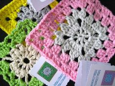 Links to several free patterns for these Pierrot Goyso granny squares   . . . .   ღTrish W ~ http://www.pinterest.com/trishw/  . . . .   #crochet #motif