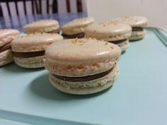 Macarons de amendoim com creme de chocolate - Peanut macarons with chocolate buttercream