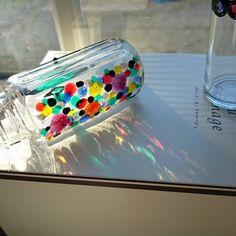 \まさか/お家でステンドグラスが作れちゃう!100均の《ガラス絵の具》が優秀すぎて感動♡ | marry[マリー]