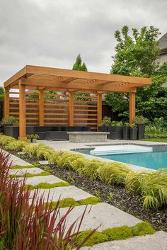 The wooden pergola is a good solution to add beauty to your garden. If you are not ready to spend thousands of dollars for building a cozy pergola then you may devise new strategies of trying out something different so that you can re Diy Pergola, Pergola Carport, Steel Pergola, Building A Pergola, Pergola Canopy, Pergola With Roof, Cheap Pergola, Outdoor Pergola, Wooden Pergola