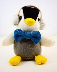 What a cute mini penguin plush!