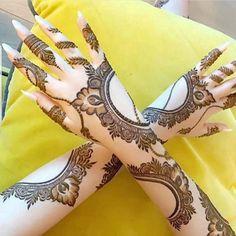 Henna Hand Designs, Dulhan Mehndi Designs, Mehndi Designs Finger, Khafif Mehndi Design, Modern Henna Designs, Latest Arabic Mehndi Designs, Floral Henna Designs, Modern Mehndi Designs, Mehndi Designs For Beginners
