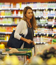Jessica Alba at Whole Foods