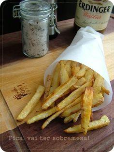 Fica, vai ter sobremesa!: Batatas na cerveja