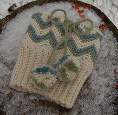 """Ravelry: """"Chasing Chevrons"""" Boot Cuffs crochet pattern by Jennifer Pionk Crochet Boot Cuff Pattern, Knitted Boot Cuffs, Crochet Boots, Knit Boots, Crochet Gloves, Crochet Slippers, Knit Or Crochet, Crochet Motif, Crochet Patterns"""